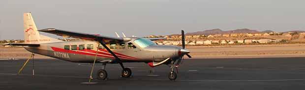 Un avion prêt à décoller de Las Vegas pour le Grand Canyon.